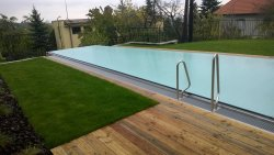 Lamelové prekrytie bazéna