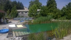Bazén a kúpacie jazierko