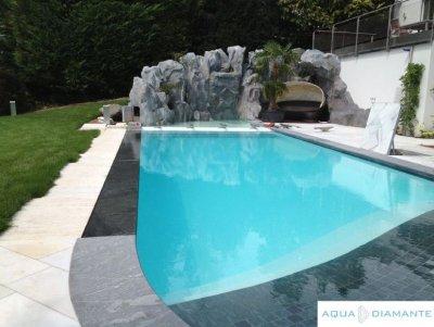 Bazény s bezchlórovou AquaDiamante úpravou vody.