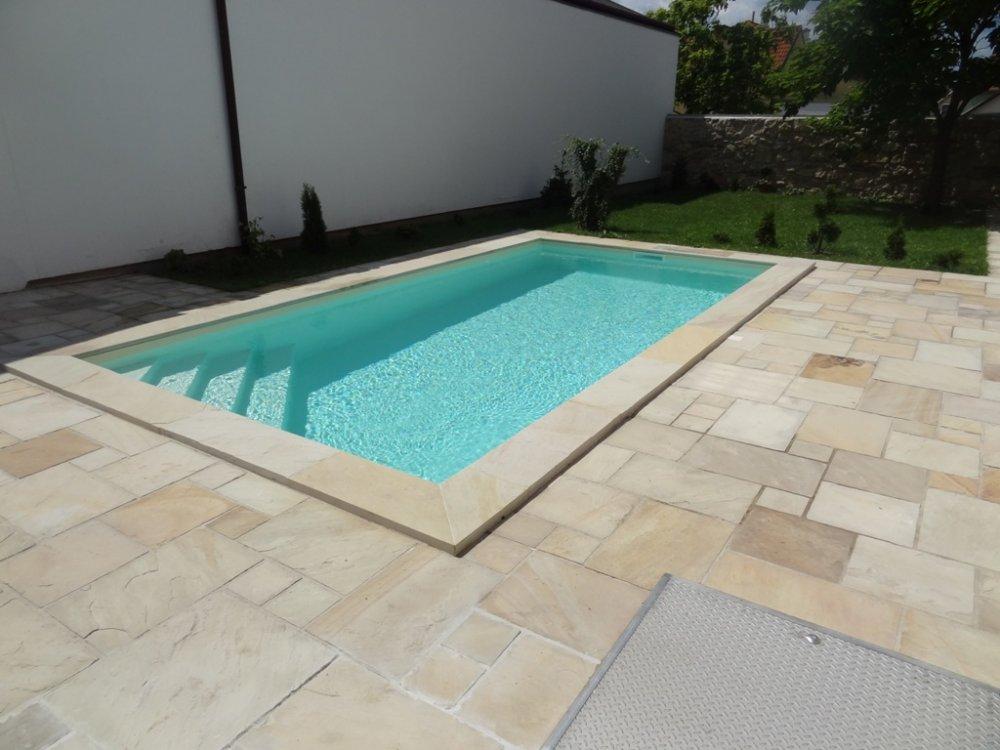 fotogalerie f r schwimmbecken ohne chlor. Black Bedroom Furniture Sets. Home Design Ideas