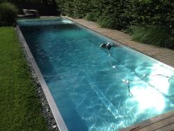 Rozsdamentes medence
